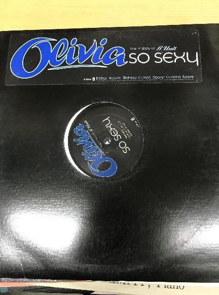 中野区よりレコード・CDの寄付をして頂きました